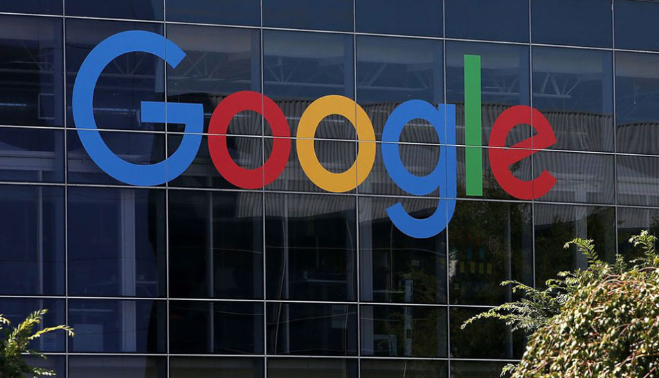 Google launches second app in China, woos top smartphone market