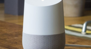 Google Home speakers complain of 'glitch'