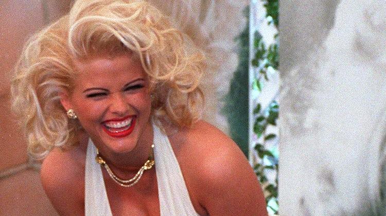 Anna Nicole Smith's Daughter Dannielynn Makes Adorable Appearance at Kentucky Derby