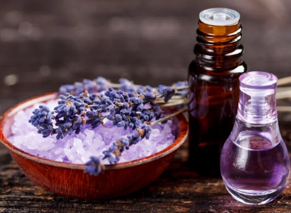 3 Best ways To Use Lavender Oil as Beauty Products