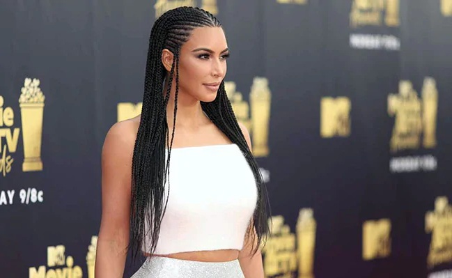 Former Bodyguard Proceeded After Investigation of Paris Robbery With Kardashian
