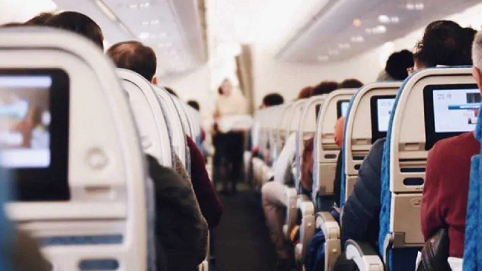 During Flight US Actor Sues Airlines After Finger Stuck In Armrest