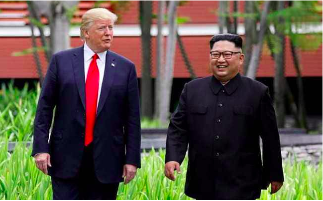 """Trump Claims Received """"Great"""" Letter From North Korean leader Kim Jong UN"""