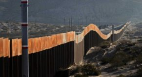 16 States Indicts the US President Due to Emergency Declaration on  Border Wall Issue