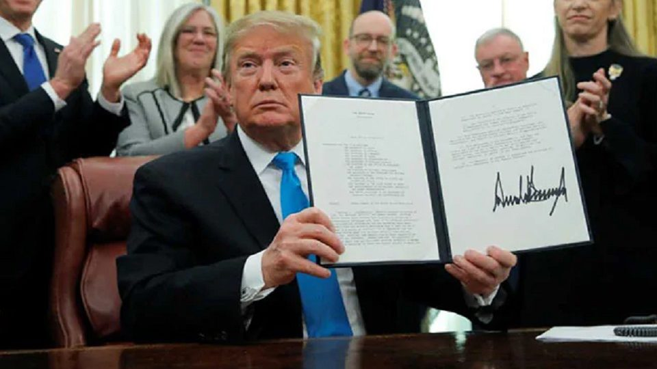 Trump signed a Space Policy Directive to create US Space Force