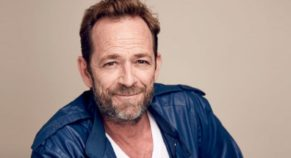"""""""Beverly Hills, 90210"""" star Luke Perry dies at the age of 52"""