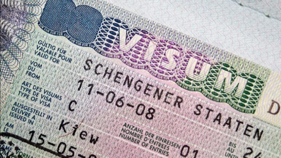 From the Beginning of the  2021 To Travel Europe US  Citizens Will Need Newly Featured Visa