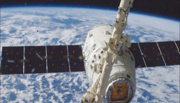 SpaceX Capsule Built For Human Landing in Atlantic After Uncoupling From Space Stations