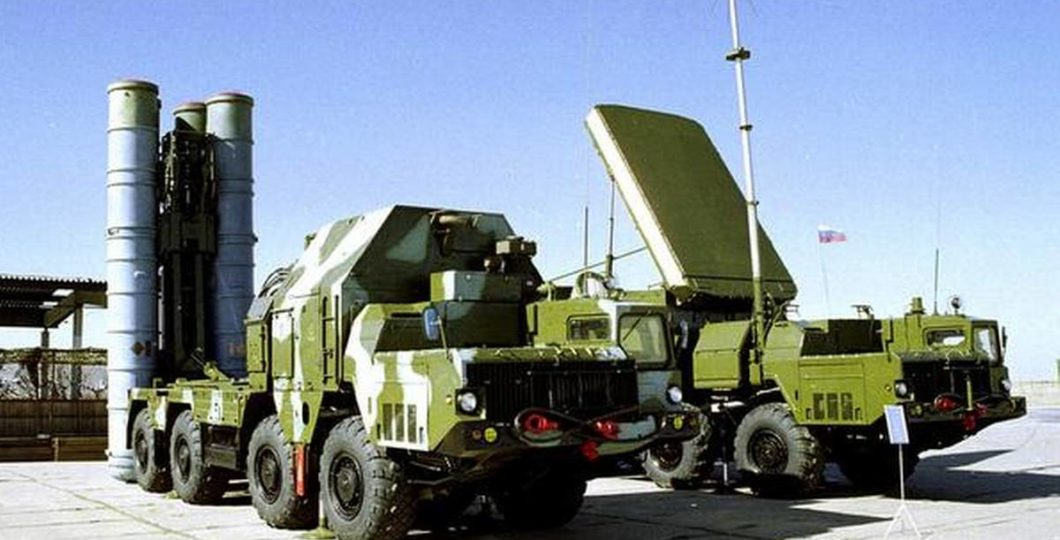 Iran Portrays Domestically Built Missile Defence System