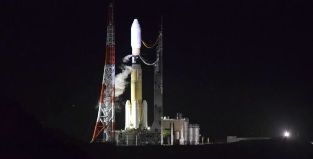 """Japan Unveils World's Biggest """"Transport Space Ship"""" For Space Station"""