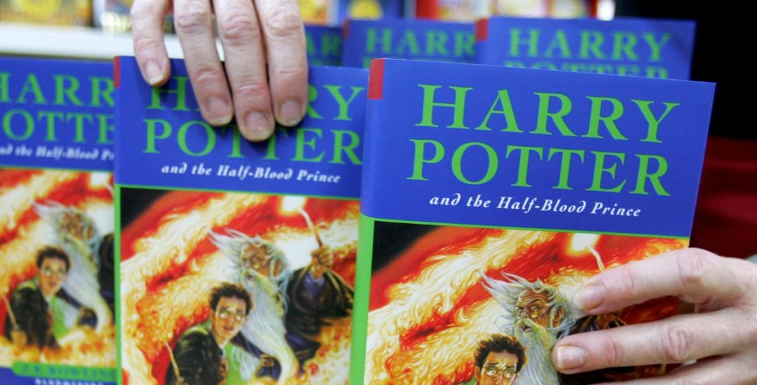 """Over """"Curses And Spells"""", Harry Potter Books Removed From School"""