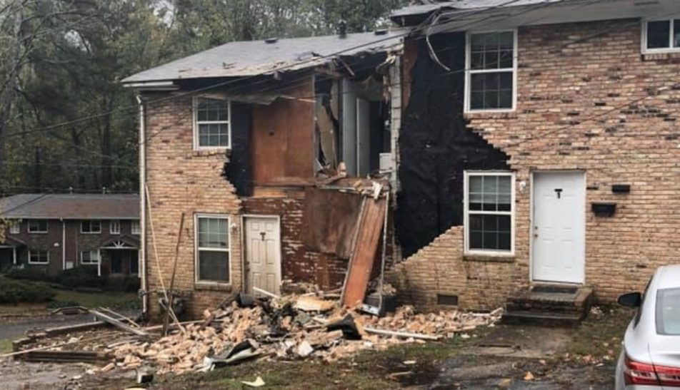 Aircraft Crashes Into Apartment Building In United States, Report