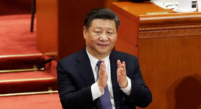Huang Wenxiu, A New Hero For The Masses Says, Xi Ping