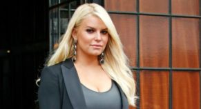 Jessica Simpson Looks Stunning As She Headed for Jimmy Kimmel Live
