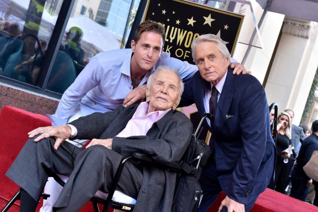 Legendary Hollywood Actor Kirk Douglas Dies at the Age of 103 | tnbclive.com