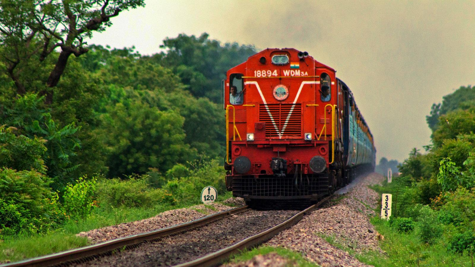 Railway Ministry's First Pre-Bid Meeting held with the Private Investors, gets a positive response with 16 companies.