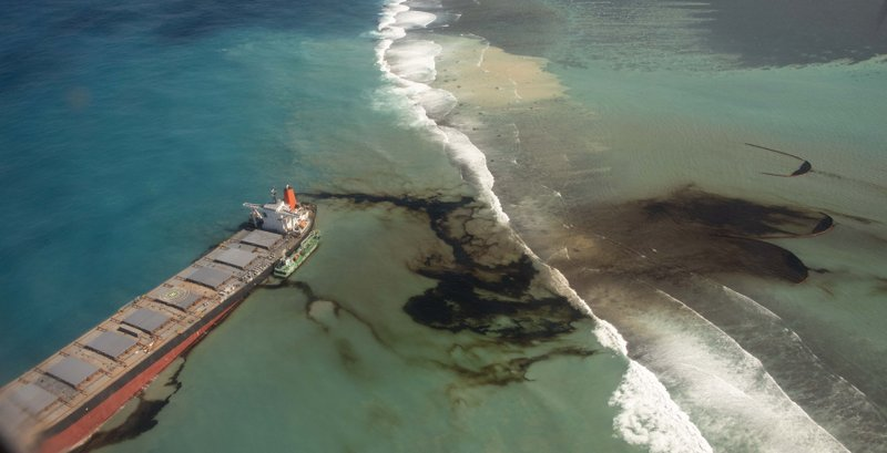Mauritius Oil Spill is now a state of Emergency