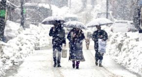 Jammu-Srinagar road connectivity disrupted by heavy snowfall.